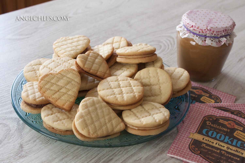 Galletas de Mantequilla con crema de cacahuete y chocolate!-2 angechefs.com
